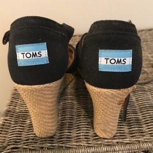 Black Toms Wedges! Size 8